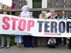 Демонстрация чешских мусульман против терроризма, Фото: ЧТК