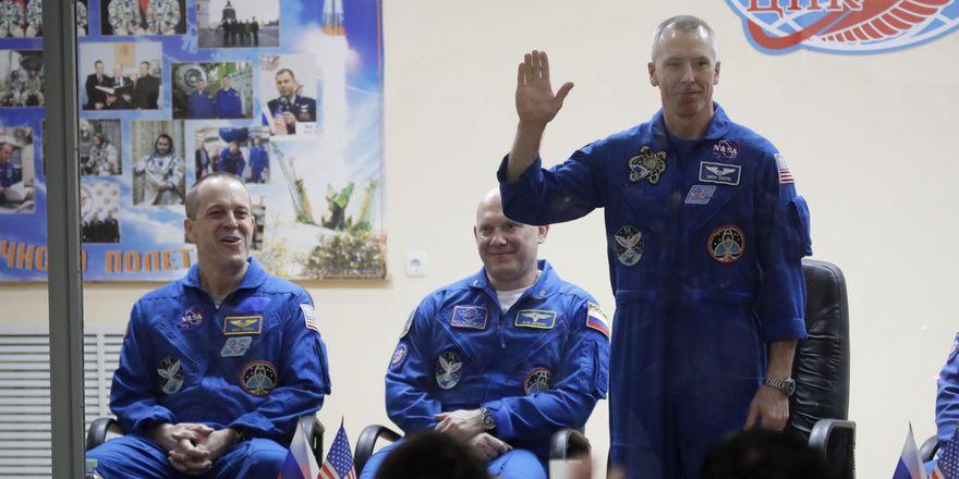 Oleg Artemjev, Richard Arnold, Andrew Feustel, photo: CTK