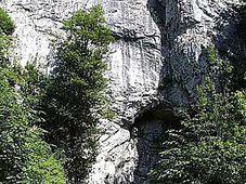 Býčí skála, foto: www.jizni-morava.cz