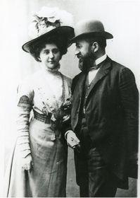 Marie Calma Veselá (links). Foto: Archiv des Museums Südostmährens in Zlín