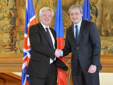 David Davis et Martin Stropnický, photo: ČTK