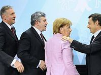 Mirek Topolánek, Gordon Brown, Angela Merkel et Nicolas Sarkozy, photo: CTK