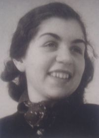 Lisa Miková in 1940, photo: archive of Lisa Miková
