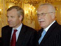 Jaap de Hoop Scheffer et Vaclav Klaus, photo: CTK