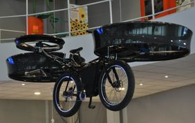 Fliegendes Fahrrad (Foto: ČTK)