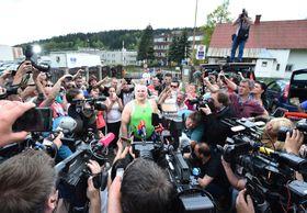 Иржи Кайинек за воротами тюрьмы, Фото: ЧТК