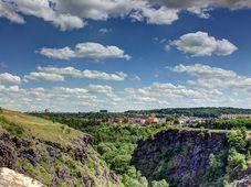 Вид с Дивокой Шарки, Фото: iliusvla, CC BY-SA 3.0