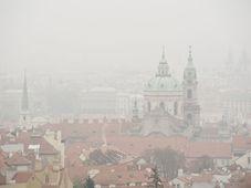El smog en Praga, foto: Filip Jandourek, ČRo