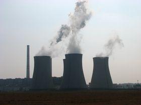 Kraftwerk Počerady (Foto: Kivak, CC BY-SA 3.0)