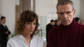 Céline Sallette et Lambert Wilson dans le film 'Corporate', photo: Film Servis Festival Karlovy Vary