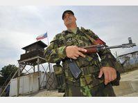 Un soldat tchèque à la base de Sajkovac, photo: CTK