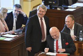 Communist Party leader Vojtěch Filip (center), photo: ČTK/Kamaryt Michal