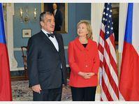 Karel Schwarzenberg et Hillary Clinton, photo: CTK