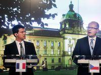 Manuel Valls et Bohuslav Sobotka, photo: CTK