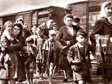 Expulsion of Sudeten Germans, photo: Sudetendeutsches Archiv / Creative Commons 1.0 Generic