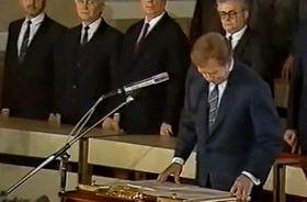 Václav Havel fue elegido por el Parlamento comunista Presidente de la República Checoslovaca, , foto: ČT