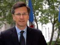 Jean-Pierre Asvazadourian, photo: Eduardo Viner / Site officiel de l'Ambassade de France