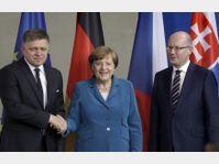 Robert Fico, Angela Merkel, Bohuslav Sobotka, photo: CTK