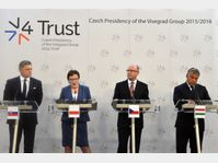 Robert Fico, Ewa Kopaczová, Bohuslav Sobotka, Viktor Orbán, photo: ČTK