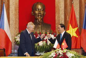 Милош Земан во Вьетнаме, Фото: ЧТК