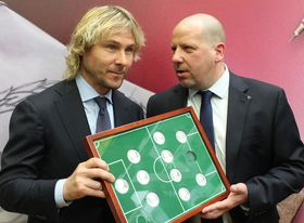 Pavel Nedvěd (left), photo: Ondřej Tomšů