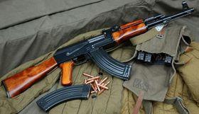 Автомат Калашников АК-47, Фото: valio_subaru CC BY 2.0, Открытый источник