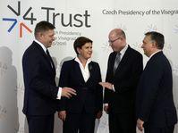 Robert Fico, Beata Szydlová, Bohuslav Sobotka et Viktor Orbán, photo: ČTK