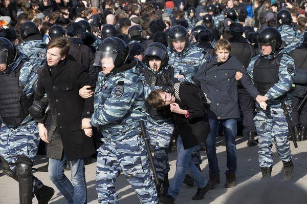 Аресты во время демонстраций в Москве, Фото: ЧТК