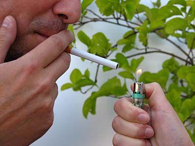 Ich werde das Krematorium ich nicht mehr rauchen ich werde werfen, zu trinken