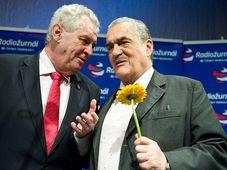 Miloš Zeman und Karel Schwarzenberg (Foto: Filip Jandourek, Archiv des Tschechischen Rundfunks)