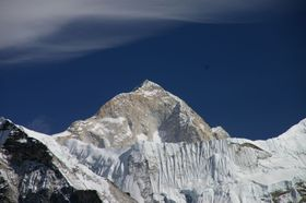 Makalu, photo: Ben Tubby, CC BY 2.0