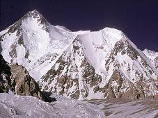 Gasherbrum I (Foto: OLderman, Wikimedia CC BY-SA 3.0)
