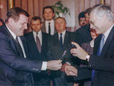 Vladimír Mečiar, Václav Klaus, photo: Czech Television
