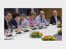 Bohuslav Sobotka (à droite) au summit à Bruxelles, photo: ČTK