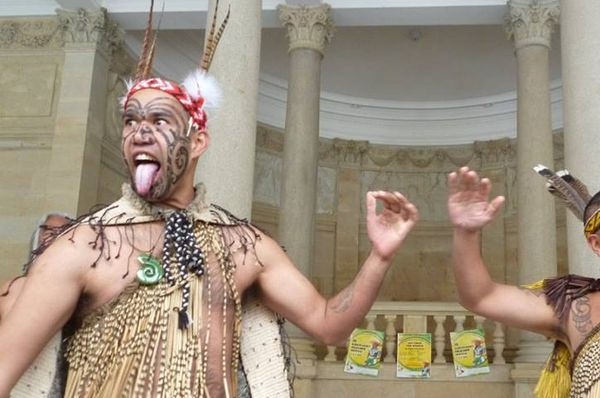 Frank Tomas Grapl Junior and Eru Haimona during the performance, photo: Kateřina Svobodová / archive of Whakaari Rotorua