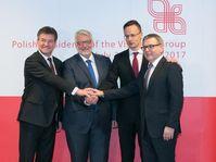 Lubomír Zaorálek s'est entretenu avec ses homologues hongrois, polonais et slovaque, mardi à Varsovie, photo: MZV
