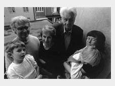 Ivan Margolius (left) and his family, photo:www.margolius.co.uk