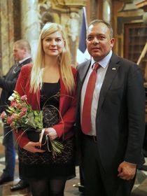 Klára Hálková y Ramón Feliz Peña, foto: Jan Juránek, Consulado Dominicano