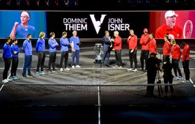 Ceremoniál losování utkání prvního ročníku tenisového Laver Cupu, foto: ČTK