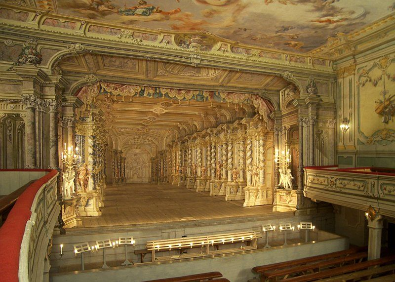 french neoclassic theatre the influence of italian neoclassic theatre Theatre - baroque theatres and staging: the italian influence during this period the fact that it was imitative of french and italian theatre.