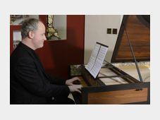 Cembalista Lukáš Vendl hraje skladbu s názvem Per la ricuperata salute di Ophelia, foto: ČTK