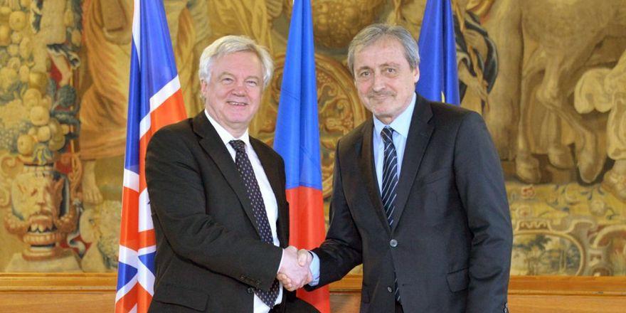 David Davis y Martin Stropnický, foto: ČTK