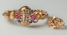 Egyptian jewellery set by Adal Gabriel, photo: archive of Antikvity Art Auction house