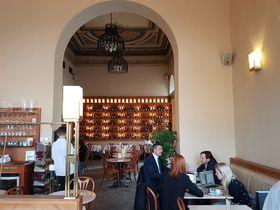 Café Savoy, photo: Ondřej Tomšů