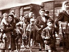 Expulsion of Sudeten Germans, photo: Sudetendeutsches Archiv / Creative Commons 1.0 Generic