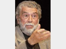 Alain Robbe-Grillet, photo: CTK