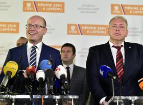 Bohuslav Sobotka y Milan Chovanec, foto: ČTK