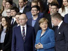 Bohuslav Sobotka, Angela Merkel und Robert Fico (Foto: ČTK)