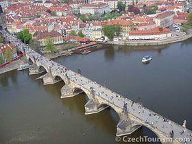 Karlsbrücke (Foto: CzechTourism)