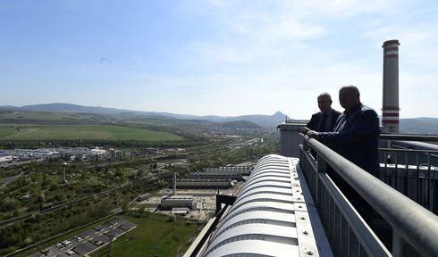 La centrale thermique de Ledvice offre une vue panoramique sur la région d'Ústí nad Labem, photo: ČTK